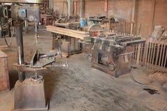 Macchina da usare alla fabbrica di legno di fabbricazione del mulino immagine stock libera da diritti