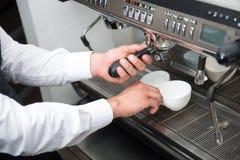 Macchina del caffè e di barista Immagini Stock Libere da Diritti
