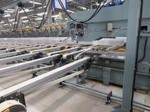 Macchina di allungamento in fabbrica Fotografia Stock