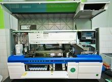 Macchina di analisi del sangue in laboratorio fotografie stock