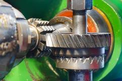 Macchina di industriale del gruppo di lavoro del metallo per produzione dell'ingranaggio e della ruota dentata del wormwheel Fotografie Stock