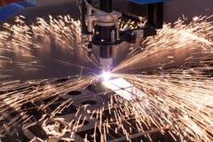 Macchina di industriale per il taglio del plasma fotografia stock libera da diritti