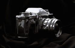 Macchina fotografica cromata di DSLR Immagini Stock