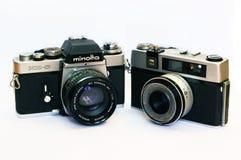 Macchina fotografica d'annata di Minolta XE-5 e di Taron Fotografie Stock Libere da Diritti
