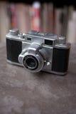 Macchina fotografica dell'oggetto d'antiquariato 35mm Immagini Stock Libere da Diritti