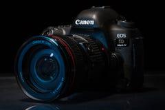 Macchina fotografica della foto di profesional DSLR del segno IV di EOS 5D di Canon Fotografie Stock