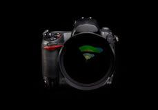 Macchina fotografica di Digitahi con l'obiettivo di zoom Immagine Stock
