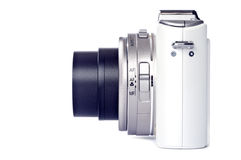 Macchina fotografica di Digitahi del tiro e del punto isolata su bianco Immagine Stock