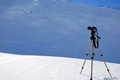 Macchina fotografica di Digitahi sul treppiedi Immagine Stock