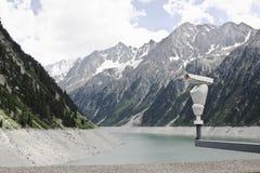 Macchina fotografica di sicurezza alla diga di Zillergründl, Austria Fotografia Stock Libera da Diritti