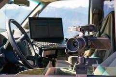 Macchina fotografica di Van Cockpit Professional Jounalist Video dell'ingranaggio dei fotografi fotografia stock libera da diritti