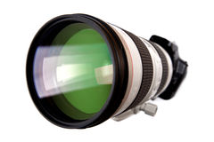 Macchina fotografica digitale del dslr moderno con il grande obiettivo Fotografia Stock