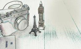 Macchina fotografica, modello della torre Eiffel, modello di Big Ben, passaporto Immagine Stock Libera da Diritti
