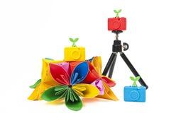 Macchina fotografica variopinta del silicone con il fiore variopinto fotografie stock libere da diritti