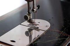 Macchina per cucire dell'ago Fotografie Stock