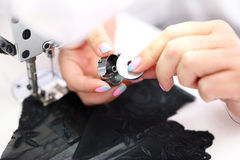 Macchina per cucire seamstress fotografia stock
