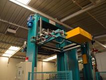 Macchina per l'imballaggio delle merci pneumatica idraulica Fotografia Stock Libera da Diritti
