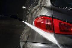 Macchina pulita di Washington dell'automobile, lavaggio di automobile con la spugna e tubo flessibile Immagine Stock Libera da Diritti