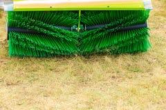 Macchinario di agricoltura, macchina del fieno con la grande spazzola Fotografia Stock Libera da Diritti