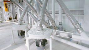 Macchinario elettrico del mulino per la produzione della farina di frumento Attrezzatura del grano grano agricoltura industriale Immagini Stock Libere da Diritti