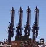 Macchinario torreggiante quattro nello stabilimento chimico Fotografia Stock Libera da Diritti