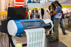 Macchine dell'autoadesivo di taglio Fotografia Stock Libera da Diritti