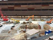 Macchine della costruzione sul sito zona della costruzione Fotografia Stock