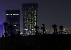 Macchine fotografiche su un tetto alla notte Immagini Stock Libere da Diritti