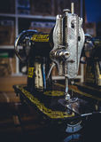 Macchine per cucire d'annata Immagini Stock Libere da Diritti