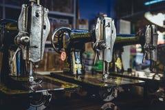 Macchine per cucire d'annata Fotografia Stock Libera da Diritti