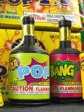 Macchine per fare i popcorn del partito, fuochi d'artificio della qualità inferiore Fotografie Stock Libere da Diritti