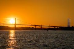 Macdonald Bridge au coucher du soleil photo libre de droits