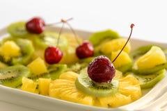 Macedonia di frutta fresca con le ciliege Immagine Stock Libera da Diritti