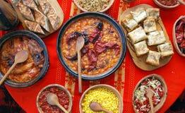 Macedonio y comida tradicionales de Balcanes Foto de archivo libre de regalías