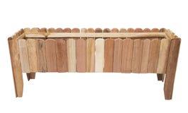 Maceta larga hecha de la madera para plantar aislada Fotografía de archivo libre de regalías