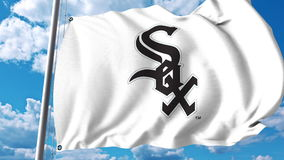 Machać flaga z Chicago White Sox profesjonalisty drużyny logem Redakcyjny 3D rendering Fotografia Stock