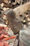 Machado e a madeira Foto de Stock Royalty Free