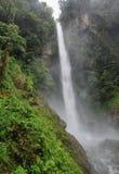 Machay瀑布(已知的aswell当El Rocio瀑布) 免版税库存照片