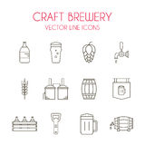 Machen Sie Bier- und Brauereivektorlinie Ikonensatz in Handarbeit Stockbild