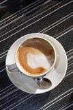 machiato φλυτζανιών Στοκ φωτογραφία με δικαίωμα ελεύθερης χρήσης