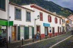 Machico nära flygplats i madeiran, Portugal fotografering för bildbyråer