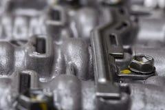 Machinalna część z metali składnikami i hydraulicznymi klapami Zdjęcia Stock