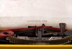 Machine à écrire de vintage - curriculum vitae Images libres de droits