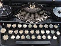 Machine à écrire noire de cru Images libres de droits