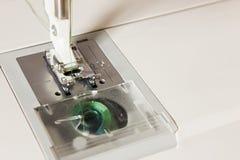 Machine à coudre et articles de couture Photos libres de droits