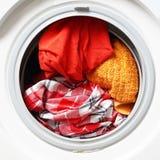 Machine à laver ou joint complètement des washables colorés photos libres de droits