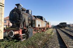 Machine à vapeur locomotive abandonnée de train photos stock