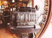 Machine antique de s'inscrire Photos stock