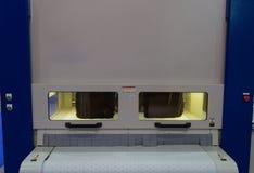 Machine d'ébavurage en métal photographie stock