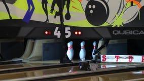 Machine de bowling, grève de bowling banque de vidéos